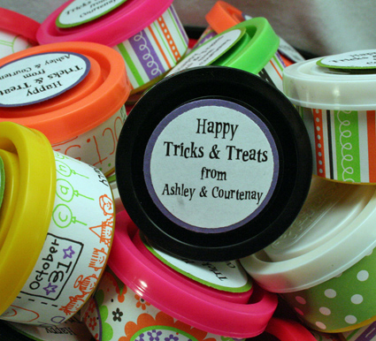 tricks-treats-lcraig-103008.jpg